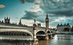 Westminster Bridge, Whitehall, London, England.jpg