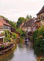 La Petite Venise in Colmar, France..jpg